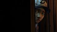 Clementine opens door