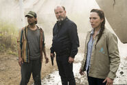 Fear-The-Walking-Dead-3.11-La-Serpiente-3