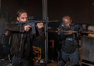 The-walking-dead-episode-814-rick-lincoln-935