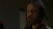 The-Walking-Dead-7.05-Go-Getters-Jesus
