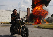 The-walking-dead-episode-801-daryl-reedus-4-935