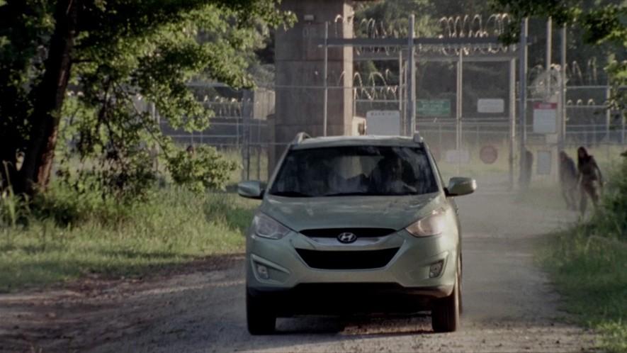 2011 Hyundai Tucson | Walking Dead Wiki | FANDOM powered ...