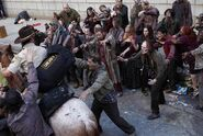 Rick-Horse-Zombies-760