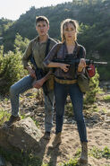 Fear-The-Walking-Dead-The-Unveiling-3x07-promotional-picture-fear-the-walking-dead-40549005-333-500