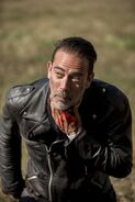 8x16-Wrath-Negan-the-walking-dead-41277418-334-500