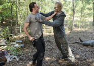 AMC 512 Rick Tackles Walker