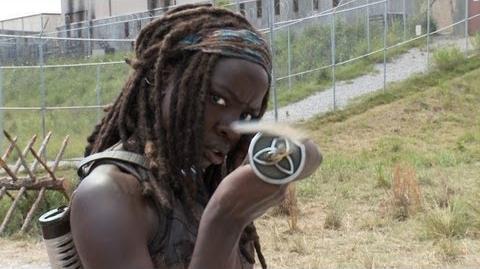 Cast on the Set of Season 4 The Walking Dead