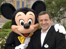 Bob-iger-spends-one-hour-a-day-surfing-the-web