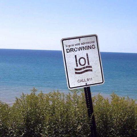 File:Beach warning sign.jpg