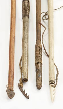 Inuit spearheads