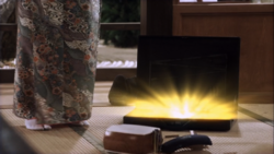 Glowing suitcase S4E5