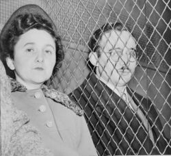 800px-Julius and Ethel Rosenberg NYWTS