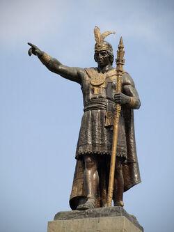 Capac statue