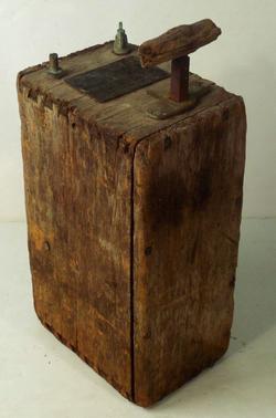 Box detonator