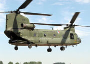 300px-Chinook.ch-47d.d-101.rnethaf.arp-1-