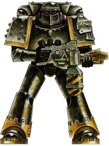File:Iron Warrior Pre-Heresy Armor.jpg