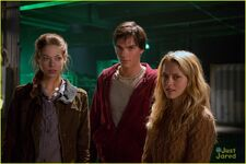 Warm-bodies-gallery-2