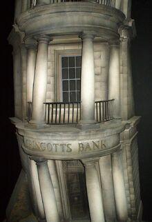 800px-Gringotts Wizarding Bank 2