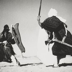 Туареги сражаются на такубах.