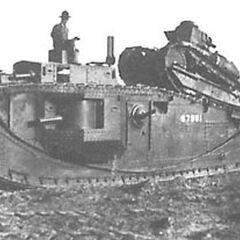 Эксперимент по транспортировке танка M1917 на задней части корпуса Мк. VIII (номер тяжелого танка 67981).