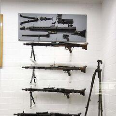Различные варианты MG-42.