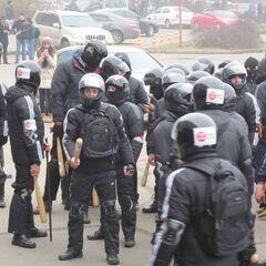 Молодчики Давидченко (будущие дружинники) во время избиения проукраинских активистов и журналистов под Одесской ОГА, 19 февраля 2014 г.