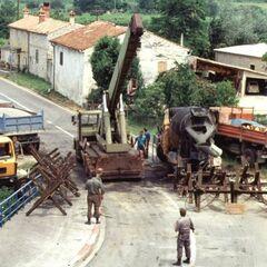 Типичная баррикада в районе Драгоня, 4 июля 1991.