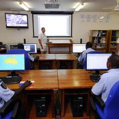 Морской отдел оперативного центра полиции Соломоновых Островов. Офицеры полиции наблюдают за ситуацией в водах, которые омывают Соломоновы Острова.