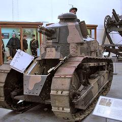 Пушечный Renault FT в Музее армии в Брюсселе.