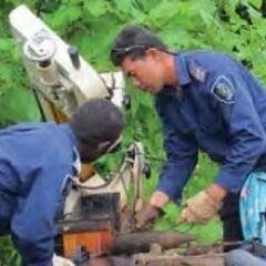 Полицейские Соломоновых Островов участвуют в обезвреживании боеприпасов, которые остались в стране после Второй мировой войны.
