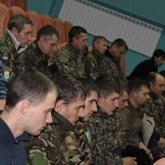 Бойцы батальона в актовом зале УМВД Украины в Полтавской области, 5 декабря 2014 г.