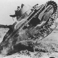 Тип 89 на манёврах японской армии, начало 1930-х годов.
