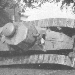 Танк M1917 на учениях. Из-за высоко расположенного центра тяжести не редки были случаи опрокидывания машин. США,1925 год.