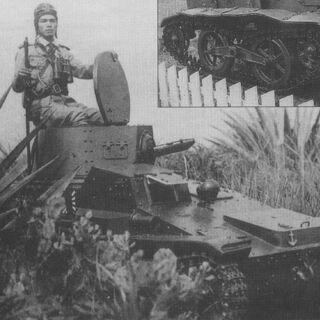 Малый танк Тип 94 морского десантного отряда. Командир танка позирует в полном снаряжении
