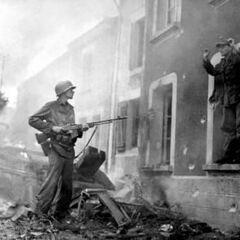 Американский солдат с BAR.