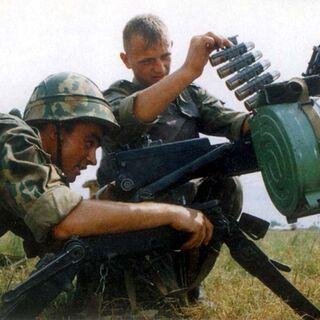 Заряжание АГС-17.