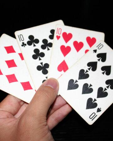 Можно ли играть в игральные карты казино на сайт скачать