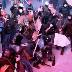 Во время беспорядков на Грушевского.