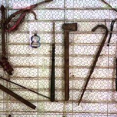 Набор инструментов для пыток, которые применяли