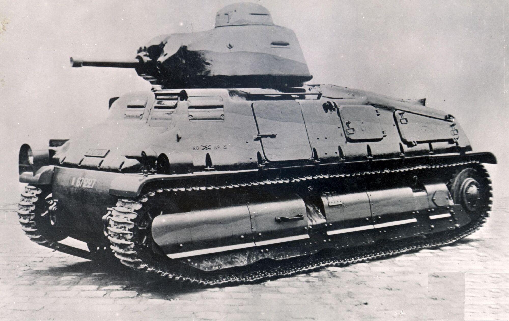 развитием французские средние танки фото сюжетный поворот