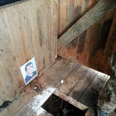 Туалеты в зоне АТО у бойцов 11 батальона были оснащены портретами бывшего президента Украины Виктора Януковича.