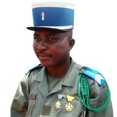 Сержант жандармерии Центральноафриканской Республики в полевой форме.