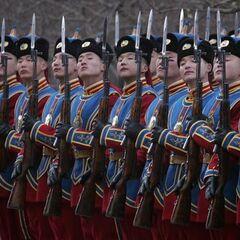 На фотографии солдаты в униформе образца 2006 г.