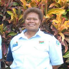 Женщина из полиции Вануату.