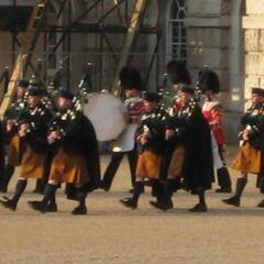 Ирландские волынщики, в килтах.