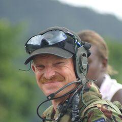 Солдат из Новой Зеландии на Соломоновых островах.