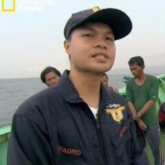 Капитан судна Морской службы.