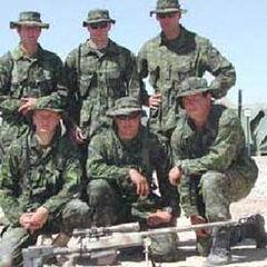 Группа снайперов с винтовкой <a class=