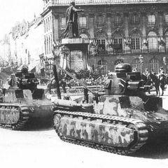 Подбитый танк D1, июнь 1940 г.
