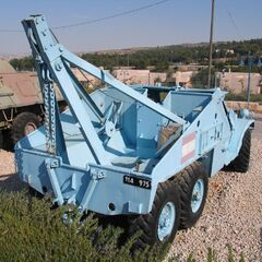 БРЭМ (Бронированная ремонтно-эвакуационная машина) на базе БТР-152, использовавшаяся <a class=